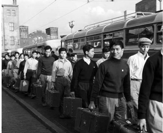 GDR workers