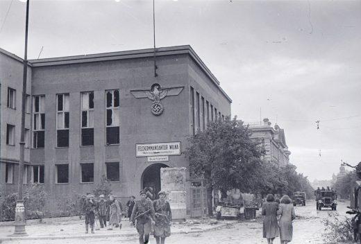 Gediminas Avenue 1944. Photo: Jakov Khalip, National Museum of Lithuania