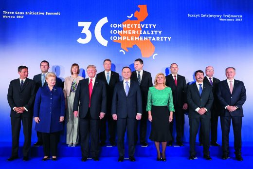 Representatives of countries at the 2017 Three Seas Initiative summit. Photo: Krzysztof Sitkowski