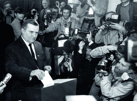 Wałęsa casting his vote in the Wybory Election of 1989